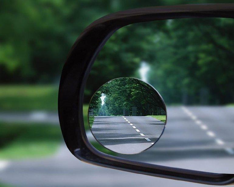 Незаменимые вещи автомобилиста: топ-10 аксессуаров для вашей машины