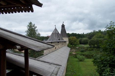 Две башни - Плоская и Высокая, трасса М20