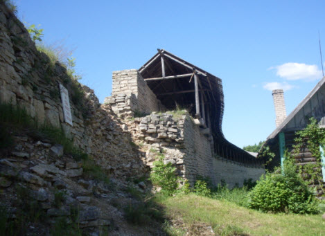Никольская крепость стена вид изнутри, достопримечательности трассы А116