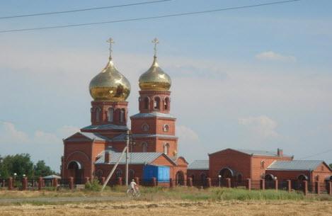 Трасса Р251, церковь Славянск-на-Кубани