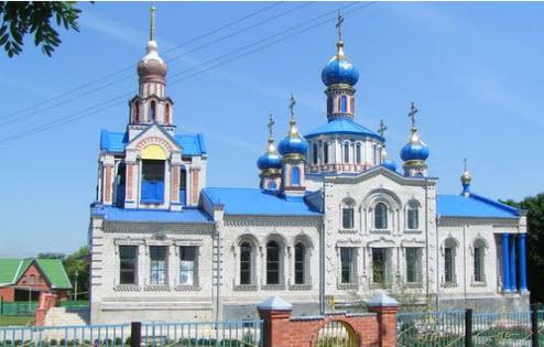Церковь в станице Кисляковская, трасса Р268
