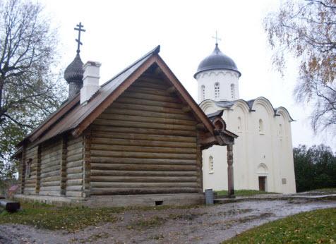 Церковь св. Дмитрия Солунского и церковь св.Георгия, Старая Ладога, трасса М18