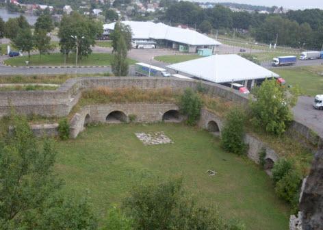 Вид с башни крепости на Боярский вал, достопримечательности трассы М11