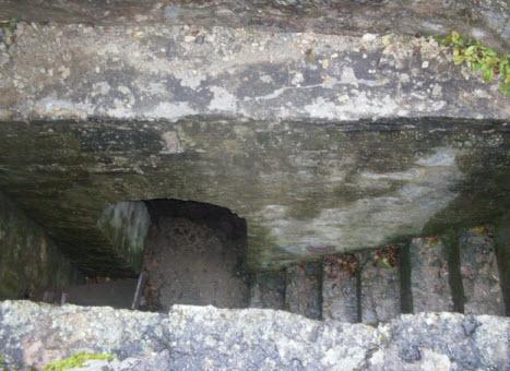 Проход в крепостной стене между воротными башнями Копорской крепости, трасса М11