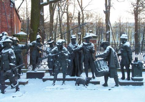 Скульптура Ночной Дозор, Пушкин, трасса М10
