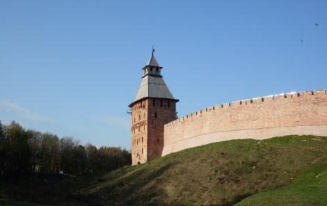 Спасская башня, Новгородский кремль, достопримечательности трассы М10