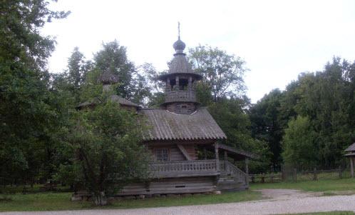 Часовня из деревни Кашира Маловишерского района 1745 г, трасса М10