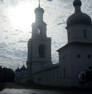 Юрьев монастырь, Витославицы, трасса М10