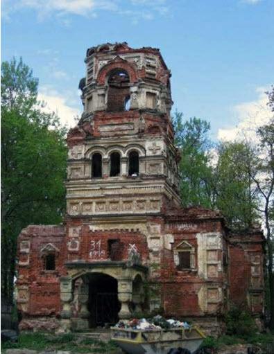 Развалины храма Всех Святых на кладбище, гатчина, достопримечательности трассы М20