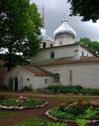 Церковь, Порхов, Трасса А116