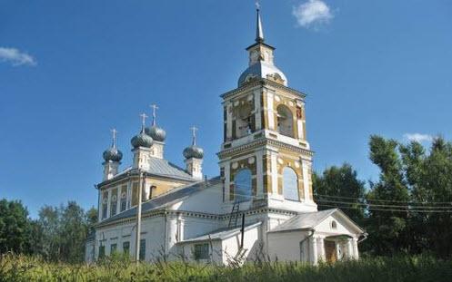 Николаевская церковь, Кадый, трасса Р98