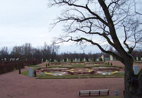 Ораниенбаум, парк перед Большим Меньшиковским дворцом