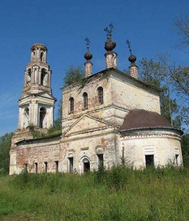 Руины Преображенской церкви, Коровново, трасса Р100