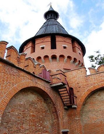 Спасская башня, Тульский кремль, трасса М2