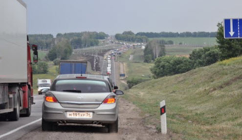 Трасса М4, пробка, маршрут Москва Кучугуры