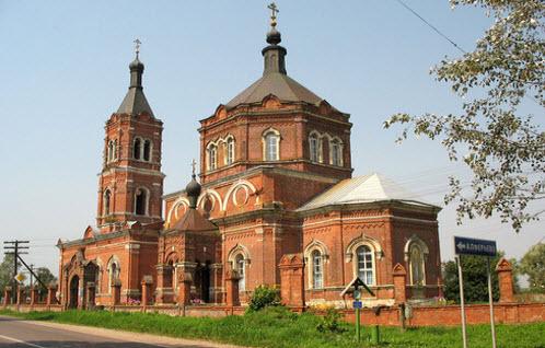 Церковь Рождества Богородицы, Суворово, трасса Р107