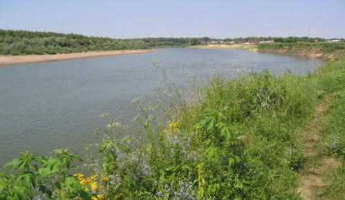 Вид на реку Урал с трассы Р335, возле Илека