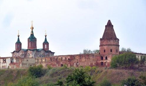 Свято-Успенский монастырь, Далматово, трасса р354