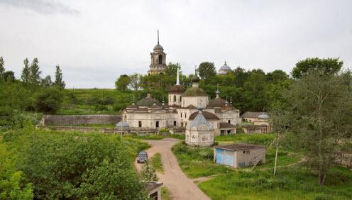 Церковь Параскевы Пятницы, Старица, трасса Р88