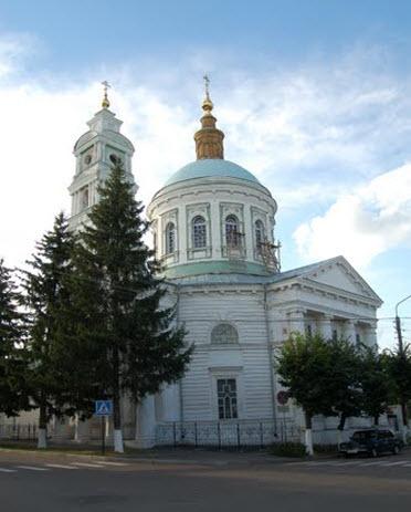Покровский собор, Рыльск, трасса р199