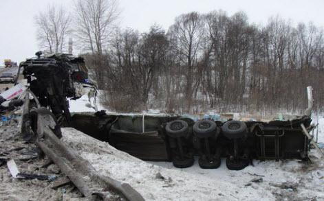 авария на трассе м5, фура в кювете