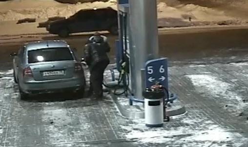 бензоправка глупость водителя