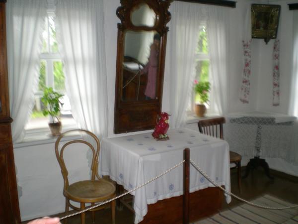 Горница в доме родителей Шолохова хутор Кружилинский