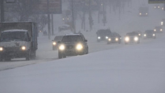 снег на дорогах казахстана