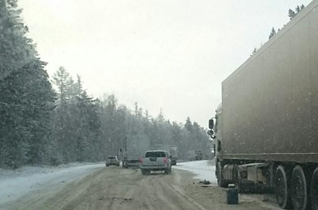 закрыто движение для грузовиков на р-258