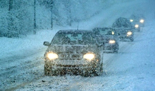 снегопад на трассе м8