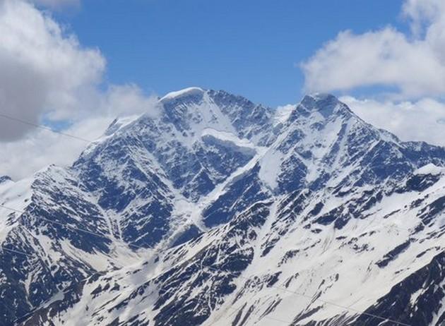поездка на эльбрус снежные вершины