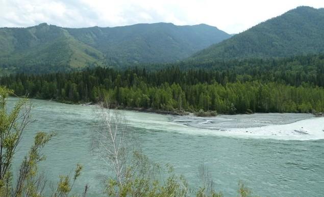 слияние рек аккем и Катунь