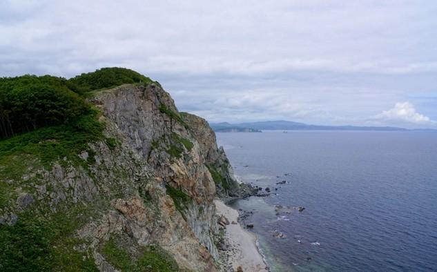 вид на море с маяка