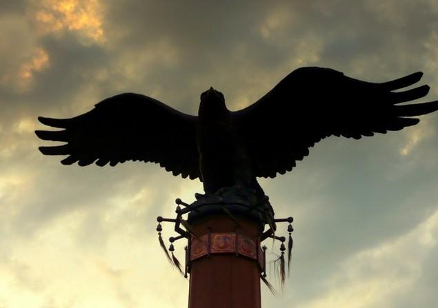 каменный орел на байкале