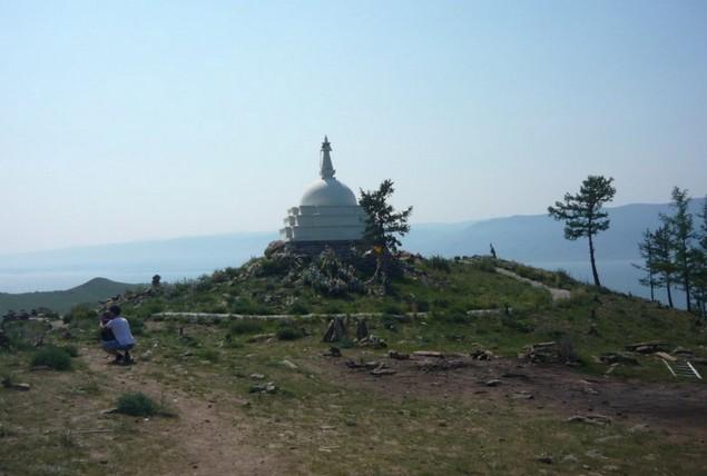 буддийская ступа на острове огой