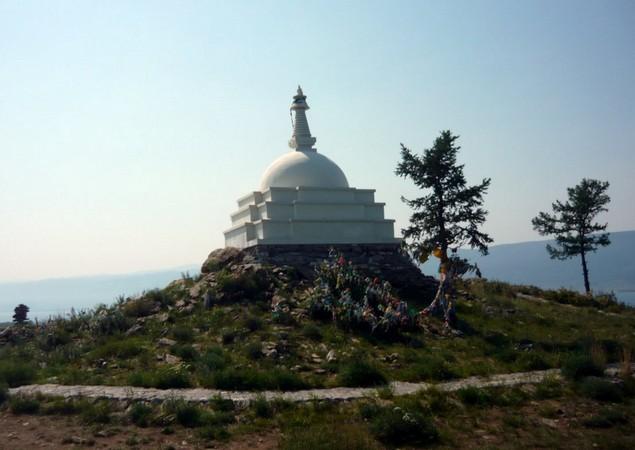 буддийская ступа на байкале