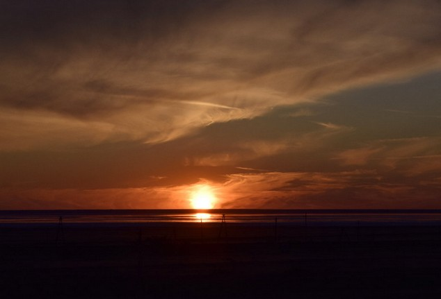 вечернее солнце на эльтоне