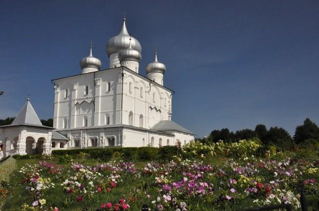 Варлаамо-Хутынский Спасо-Преображенский женский монастырь