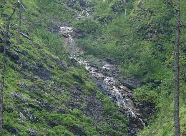 горные ручьи на аршане