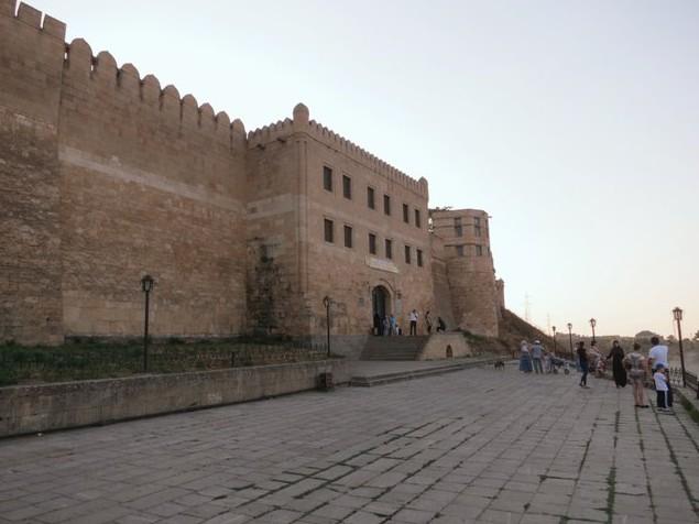 поездка в крепость Нарын-Кала на мотоцикле