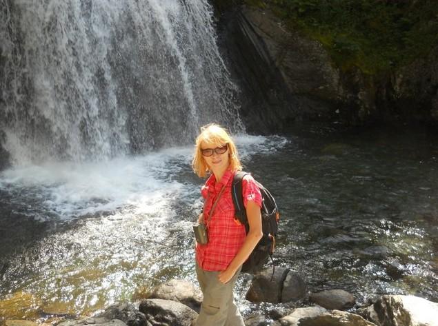 поездка на  водопад  Корбу