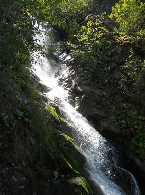 поездка на водопад 40 грехов