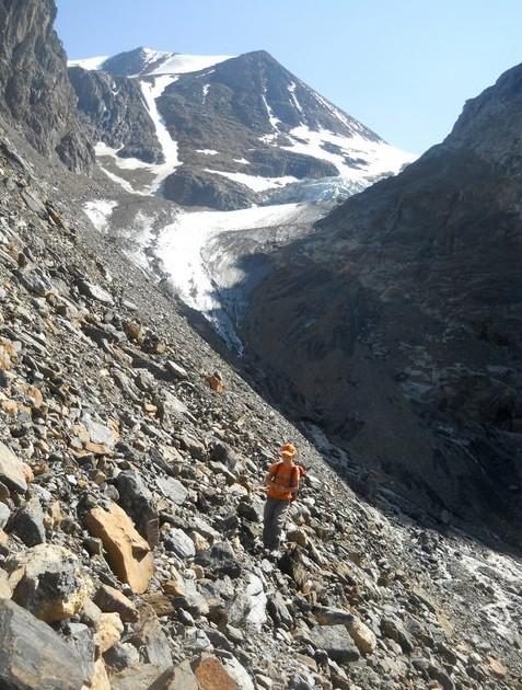 спуск с горы алтай