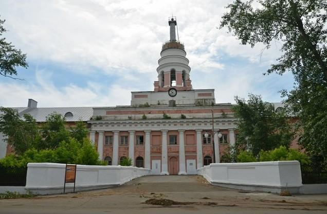 Главный корпус Ижевского оружейного завода
