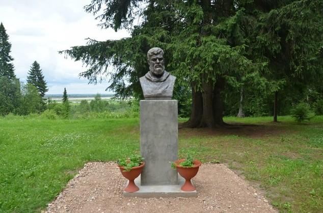 Бюст Борисова