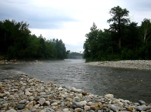 река снежная на байкале