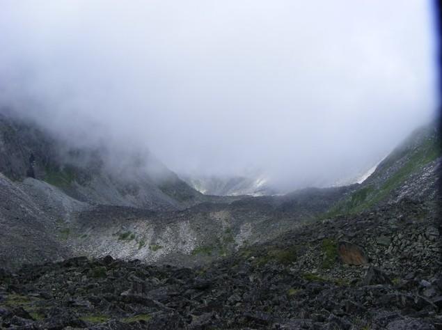 Путешествие на Аршан озеро Дождевое  возле пика броненосец