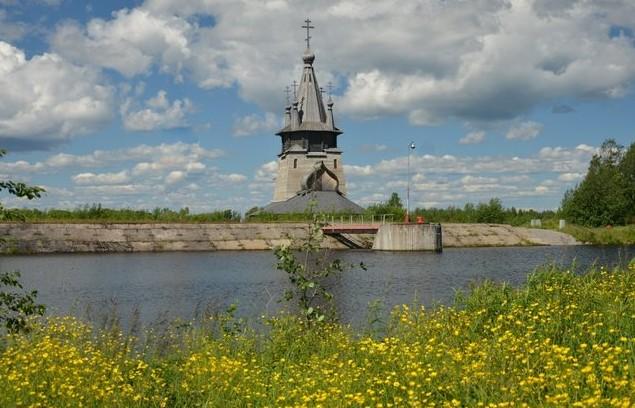 современная деревянная церковь
