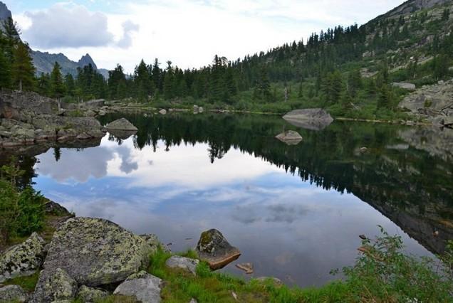 озеро Художников в заповеднике Ергаки
