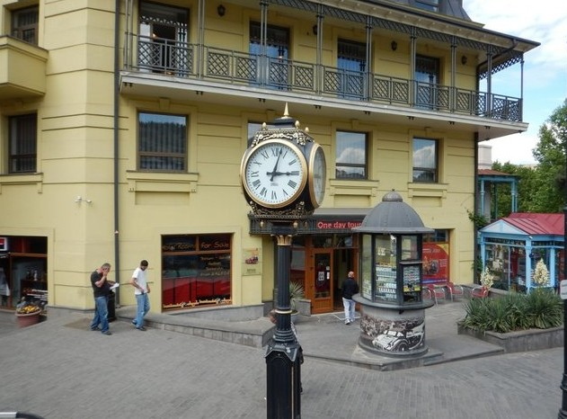 путешествие по тбилиси в мае
